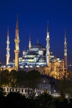 Blue Mosque (Sultan Ahmet Camii), UNESCO World Heritage Site, at Dusk, Istanbul, Turkey, Europe by Neil Farrin