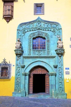 Casa de Colon, Vegueta Old Town, Las Palmas de Canary Islands, Spain by Neil Farrin
