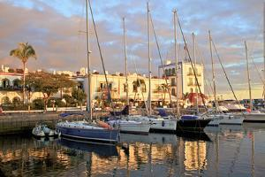 Puerto de Morgan, Gran Canaria, Canary Islands, Spain, Atlantic Ocean, Europe by Neil Farrin