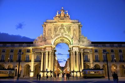Triumphal Arch at Dusk, Lisbon, Portugal, South West Europe