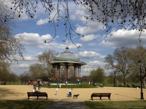 Clapham Common by Neil Setchfield