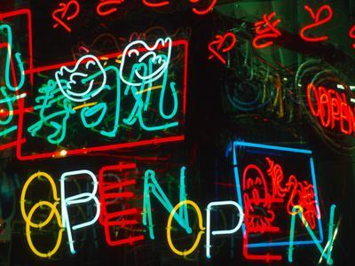 https://imgc.allpostersimages.com/img/posters/neon-signs-for-sale-in-dotombori-district-market-osaka-japan_u-L-P2408I0.jpg?artPerspective=n