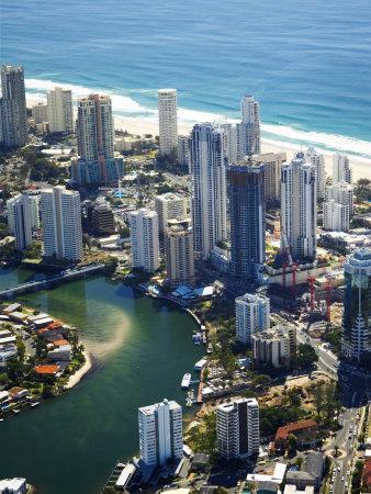https://imgc.allpostersimages.com/img/posters/nerang-river-surfers-paradise-gold-coast-queensland-australia_u-L-P2T4ZI0.jpg?p=0