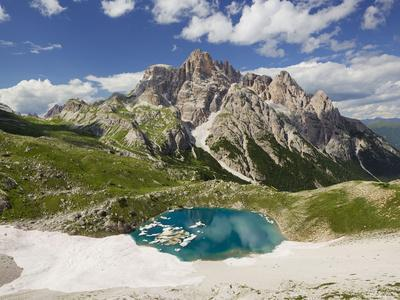 https://imgc.allpostersimages.com/img/posters/neunerkofel-snowfield-ice-lake-south-tirol-the-dolomites-mountains-italy_u-L-Q11YNG90.jpg?artPerspective=n