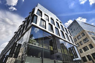 https://imgc.allpostersimages.com/img/posters/new-dortotheen-quartier-doqu-of-the-architects-behnisch-stuttgart-baden-wurttemberg-germany_u-L-Q1EZBE50.jpg?artPerspective=n