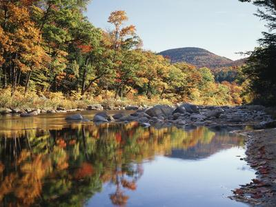 https://imgc.allpostersimages.com/img/posters/new-hampshire-white-mts-nf-sugar-maple-reflect-in-the-swift-river_u-L-PU3DTM0.jpg?p=0