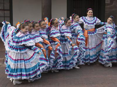 https://imgc.allpostersimages.com/img/posters/new-mexico-santa-fe-hispanic-folkloric-dance-group-bandstand-2014_u-L-PU3EN20.jpg?p=0