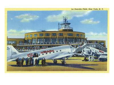 https://imgc.allpostersimages.com/img/posters/new-york-city-new-york-la-guardia-field-with-parked-planes_u-L-Q1GPAOK0.jpg?p=0