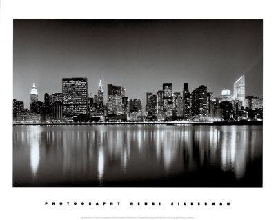 https://imgc.allpostersimages.com/img/posters/new-york-new-york-manhattan-east-side_u-L-E4BA40.jpg?artPerspective=n