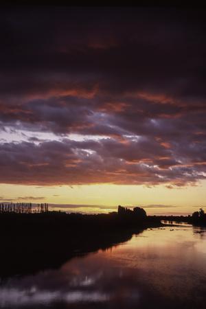 https://imgc.allpostersimages.com/img/posters/new-zealand-sunset_u-L-Q1AS0VI0.jpg?p=0