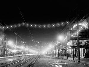 Niagara Falls, N.Y. Falls Street at Night
