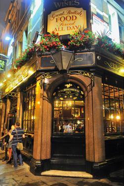Nicholson Pub, London, South of England, United Kingdom of Great Britain