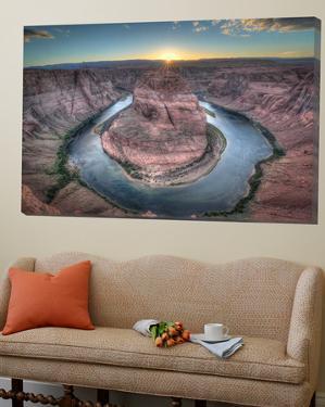 Horeshoe Bend along the Colorado River by Nick Jackson