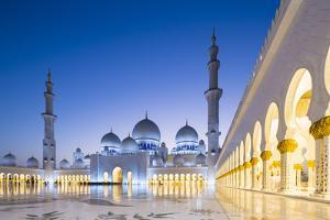Courtyard and White Marble Exterior of Sheikh Zayed Grand Mosque, United Arab Emirates, Abu Dhabi by Nick Ledger