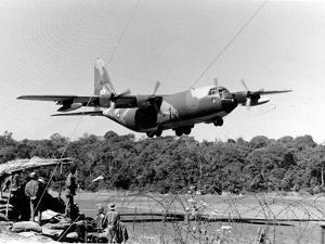 Vietnam War USAF C-130 by Nick Ut
