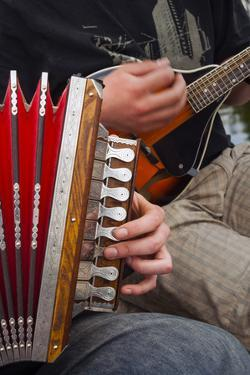 Accordion, Ethnic Group of Musicians, River Emajogi, Tartu, Estonia, Baltic States, Europe by Nico Tondini