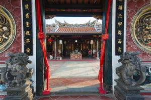 Kuil Cheng Hoon Teng Temple by Nico Tondini