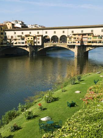 Ponte Vecchio (14th Century), Firenze, UNESCO World Heritage Site, Tuscany, Italy by Nico Tondini