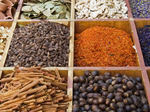 Spice Market, Dubai, United Arab Emirates, Middle East by Nico Tondini