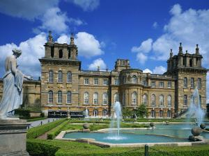 Water Fountain and Statue in the Garden before Blenheim Palace, Oxfordshire, England, UK by Nigel Francis