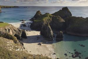 Kynance Cove, on the Lizard Peninsula, Near Helston, Cornwall by Nigel Hicks