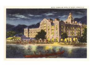 Night, Royal Hawaiian Hotel, Honolulu