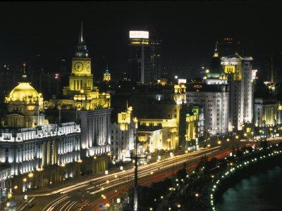 https://imgc.allpostersimages.com/img/posters/night-view-of-colonial-buildings-on-the-bund-shanghai-china_u-L-P58F900.jpg?p=0