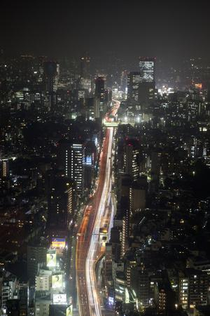 https://imgc.allpostersimages.com/img/posters/night-view-of-tokyo-from-tokyo-city-view-observation-deck-roppongi-hills-tokyo-japan_u-L-PWFHJH0.jpg?p=0