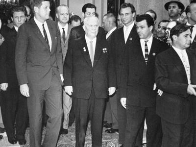 https://imgc.allpostersimages.com/img/posters/nikita-khrushchev-and-president-kennedy-at-the-soviet-embassy-in-vienna-1961_u-L-PQ36IU0.jpg?p=0