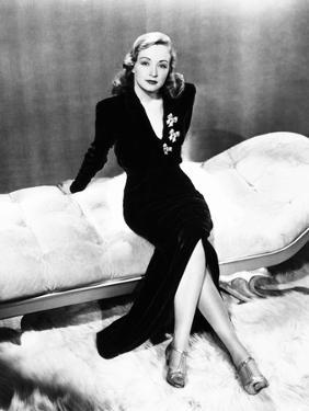 Nina Foch, 1940s