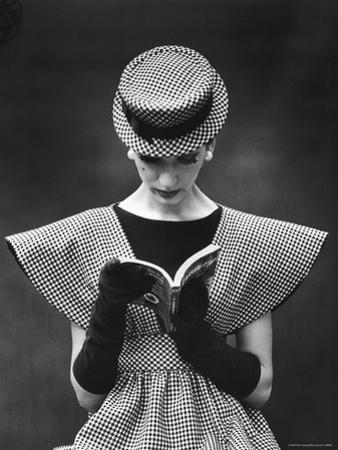 Woman Wearing Wide Shoulder Fashion Look by Nina Leen