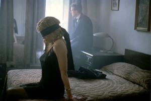NINE 1/2 WEEKS, 1986 directed by ADRIAN LYNE Kim Basinger and Mickey Rourke (photo)