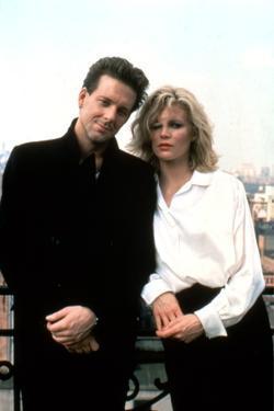 NINE 1/2 WEEKS, 1986 directed by ADRIAN LYNE Mickey Rourke and Kim Basinger (photo)
