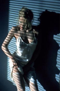 Nine 1/2 Weeks, Kim Basinger, Directed by Adrian Lyne, 1986