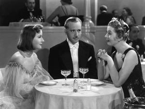 NINOTCHKA, 1939 directed by ERNST LUBITSCH Greta Garbo, Melvyn Douglas and Ina Claire (b/w photo)