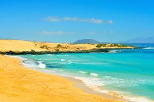 Las Alzadas Beach in Natural Park of Dunes of Corralejo in Fuerteventura, Canary Islands, Spain by nito