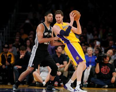 Mar 19, 2014, San Antonio Spurs vs Los Angeles Lakers - Pau Gasol, Tim Duncan by Noah Graham