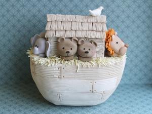 Noah's Ark Side View Bears