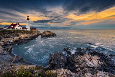 Portland Head Light by Noppawat Tom Charoensinphon