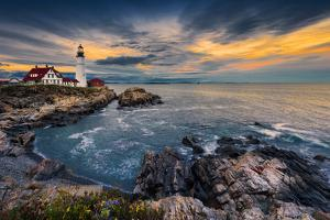 Portland Head Light by Noppawat Tom Charoensinphon