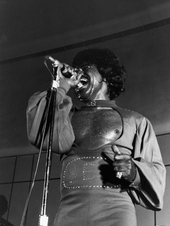 James Brown,1974 Nation-Wide Summer Revue by Norman Hunter