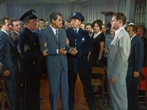 NORTH BY NORTHWEST, 1959 directed by ALFRED HITCHCOCK Cary Grant / Adam Williams (photo)