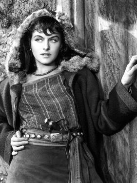 NORTH WEST MOUNTAIN POLICE, 1940 directed by CECIL B.DeMILLE Paulette Goddard (b/w photo)