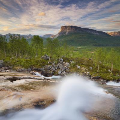 https://imgc.allpostersimages.com/img/posters/norway-nordland-hamaroy-krakmotinden-waterfall_u-L-Q11YNOM0.jpg?p=0