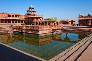 Fatehpur Sikri by nstanev