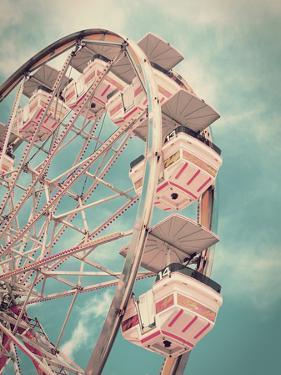 Ferris Wheel by NUADA