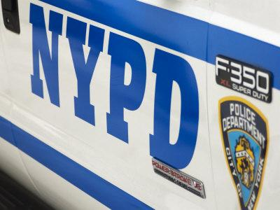 https://imgc.allpostersimages.com/img/posters/nypd-police-car-manhattan-new-york-city-new-york-usa_u-L-P1K9DZ0.jpg?p=0