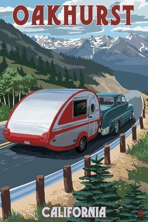 https://imgc.allpostersimages.com/img/posters/oakhurst-california-retro-camper_u-L-Q1GQGXK0.jpg?artPerspective=n
