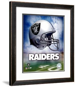 Oakland Raiders Helmet Logo ©Photofile