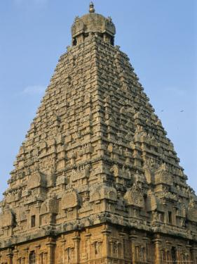 A 10th Century Temple of Sri Brihadeswara, Unesco World Heritage Site, Thanjavur, India by Occidor Ltd